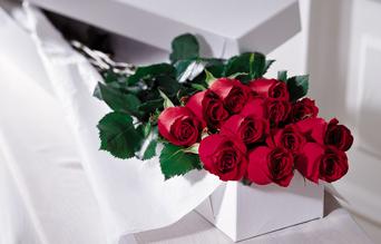 Premium_Roses_Boxed.jpg